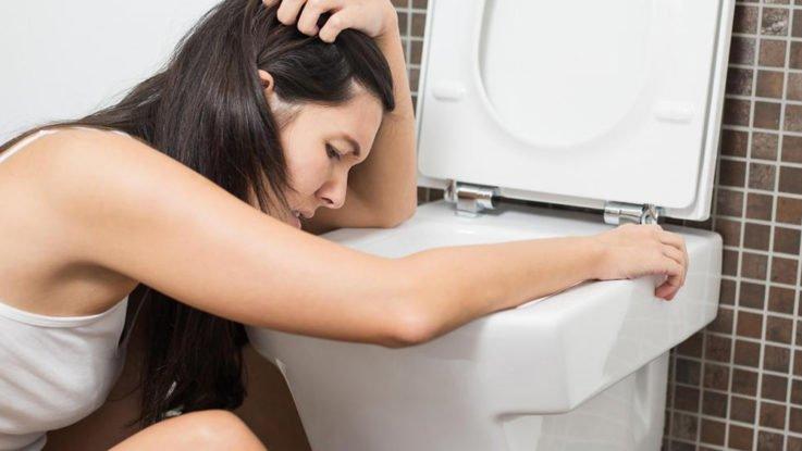 Как проявляется головная боль напряжения?