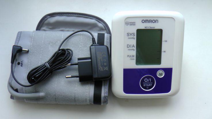 Как правильно мерить давление электронным тонометром