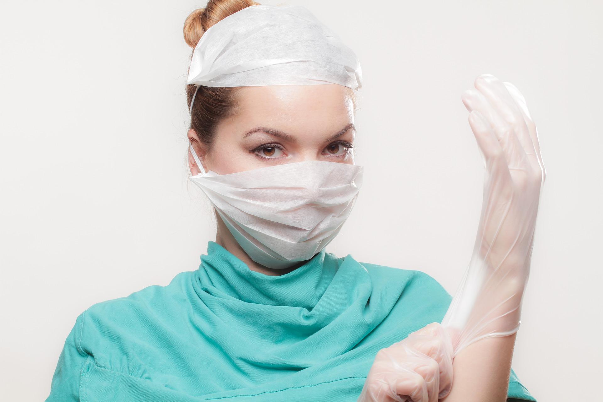 Патологические выделения из влагалища у женщин, при появлении которых следует посетить врача